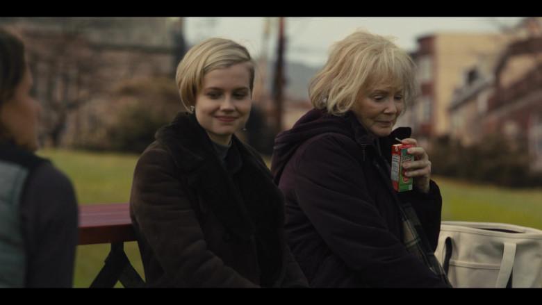 Juicy Juice in Mare of Easttown S01E02 (2)
