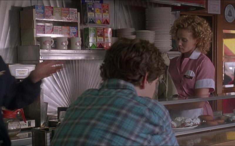 Kellogg's Cereals and Bigelow Tea in D3 The Mighty Ducks (1)