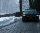Lincoln Continental Car in Law & Order: Organized Crime S01E...
