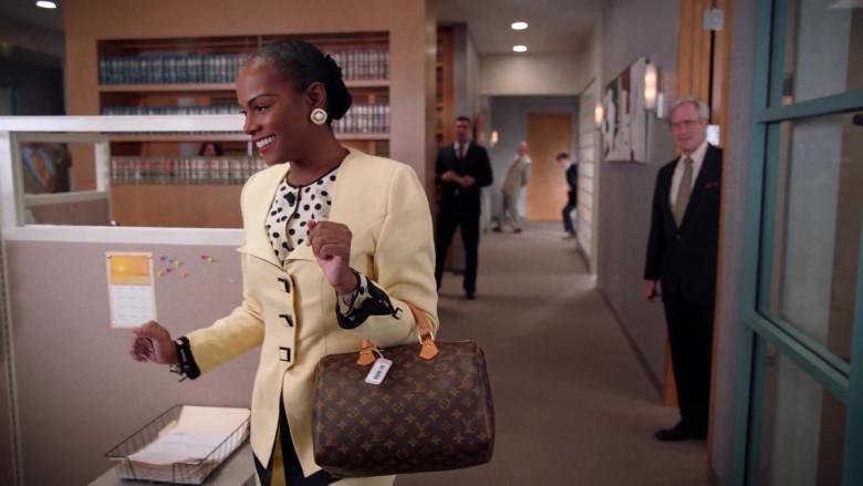Louis Vuitton Handbag of Tika Sumpter as Alicia Johnson in Mixed-ish S02E09 TV Show 2021 (10)