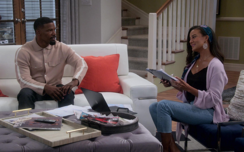 Microsoft Surface Laptop of Heather Hemmens as Stacy in Dad Stop Embarrassing Me! S01E03 (1)