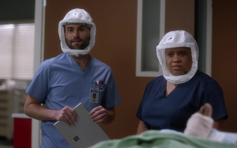 Microsoft Surface Tablet in Grey's Anatomy S17E13 Good as Hell (2021)