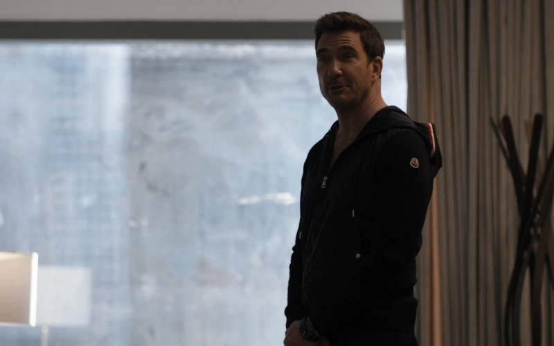 Moncler Hoodie of Dylan McDermott as Richard Wheatley in Law & Order Organized Crime S01E03 Say Hello to My Little Friends (2021)