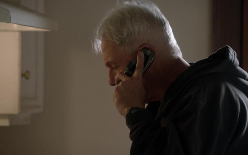 Motorola Mobile Phone Used by Mark Harmon as Leroy Jethro Gibbs in NCIS S18E11 (1)