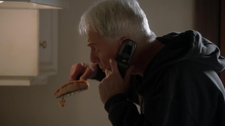 Motorola Mobile Phone Used by Mark Harmon as Leroy Jethro Gibbs in NCIS S18E11 (2)