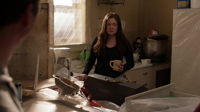 Mr. Coffee Coffee Maker Used by Emma Kenney as Debbie Gallagher in Shameless S11E11 TV Show (1)