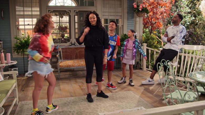 Nike Air Force 1 Shadow SE Sneakers of Talia Jackson as Jade McKellan in Family Reunion S03E08