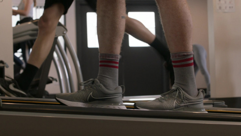 Nike React Infinity Run 2 Grey Sneakers of Cameron Monaghan as Ian Gallagher in Shameless S11E11 (1)