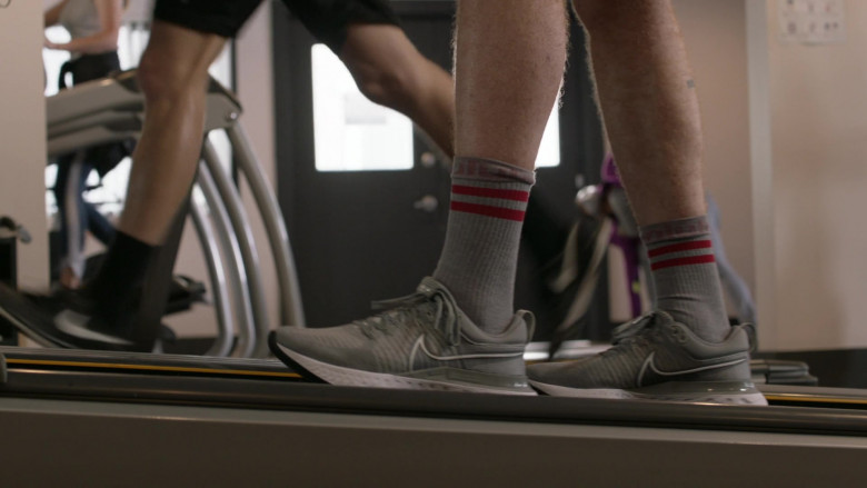 Nike React Infinity Run 2 Grey Sneakers of Cameron Monaghan as Ian Gallagher in Shameless S11E11 (2)