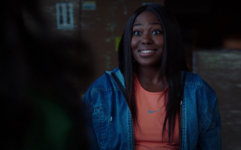Nike Women's Orange T-Shirt in A Black Lady Sketch Show S02E01 But the Tilapias Are Fine Though, Right (2021)