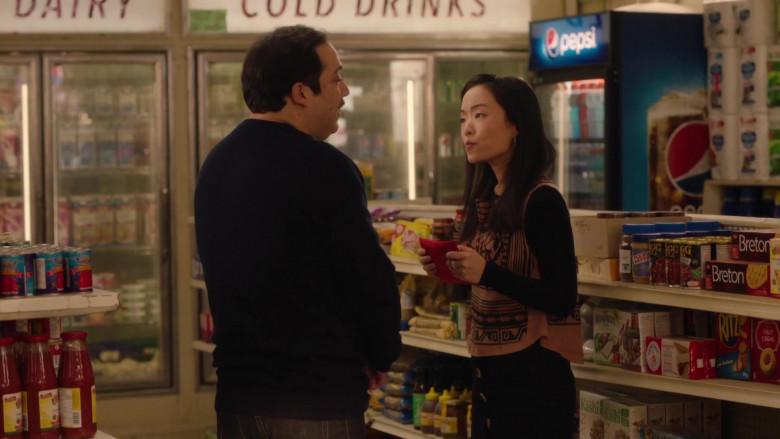 Pepsi Soda Refrigerator, Dare Breton Crackers, Kashi Cereals, Ritz Crackers in Kim's Convenience S05E12 Hugs & Prayers (2021