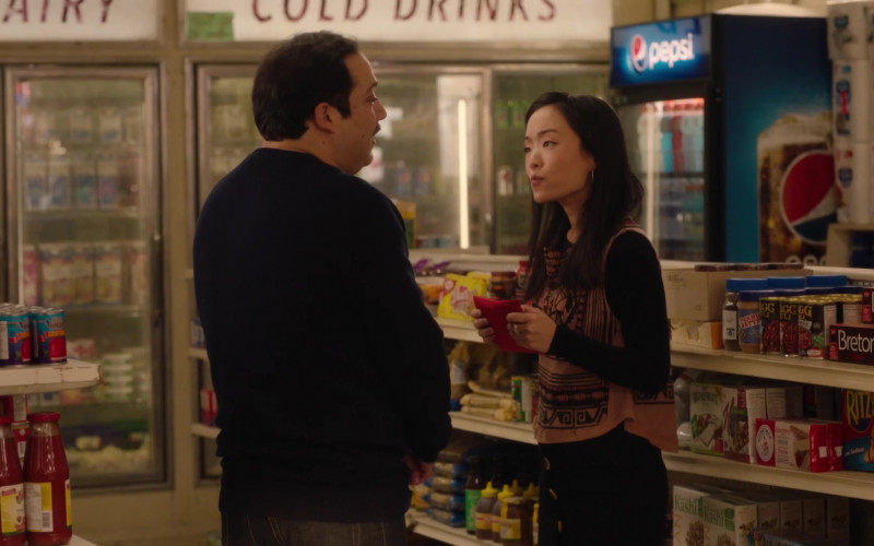 Pepsi Soda Refrigerator, Dare Breton Crackers, Kashi Cereals, Ritz Crackers in Kim's Convenience S05E12 Hugs & Prayers (2021