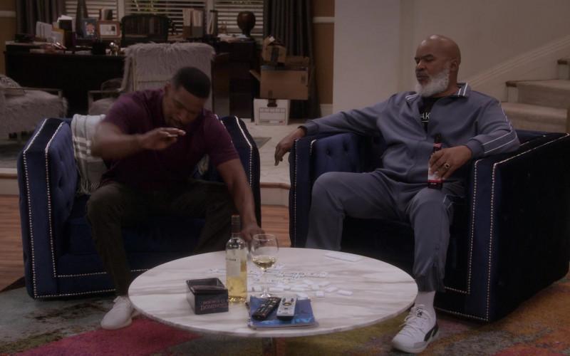 Puma Clyde Sneakers of David Alan Grier as Pops Dixon in Dad Stop Embarrassing Me! S01E03 #YeezysAndShrimp (2021)