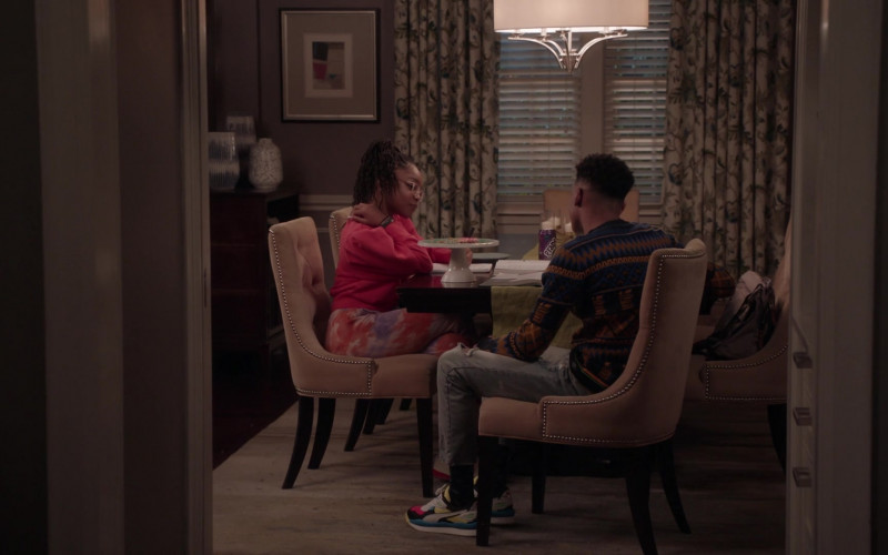 Puma Street Rider Sneakers in Black-ish S07E19 Missions & Ambitions (2021)