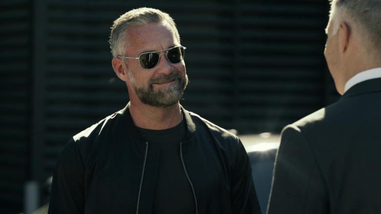 Randolph Aviator Sunglasses in S.W.A.T. S04E13 Sins of the Fathers (2021)