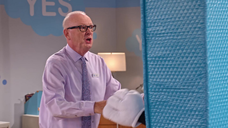 Ray-Ban Men's Eyeglasses in Family Reunion S03E06