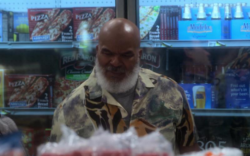 Red Baron Pizza, Modelo Beer, Bud Light in Dad Stop Embarrassing Me! S01E07 #RichDadWokeDad (2021)