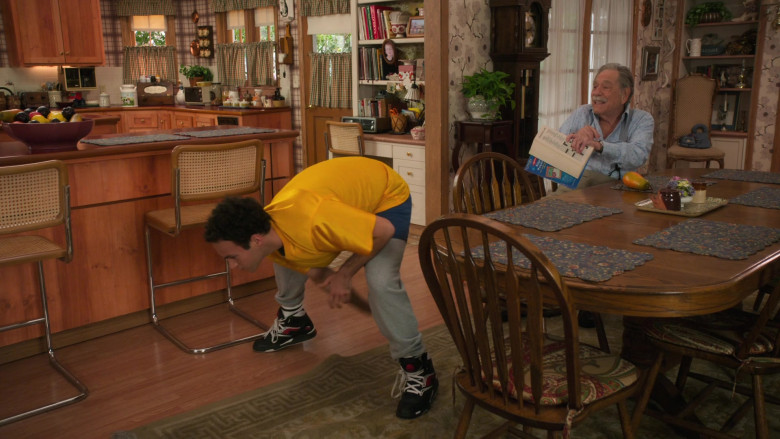 Reebok Pump Black Basketball Shoes Worn by Troy Gentile as Barry Norman Goldberg in The Goldbergs S08E15 (2)