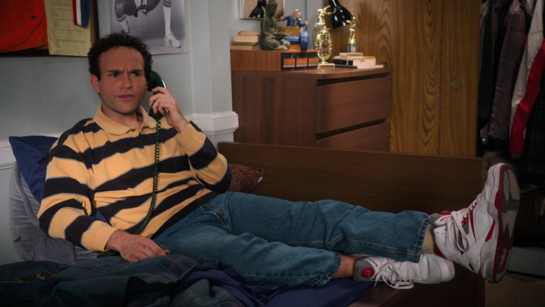 Reebok Pump White Retro Sneakers of Troy Gentile as Barry in The Goldbergs S08E15 TV Show (2)
