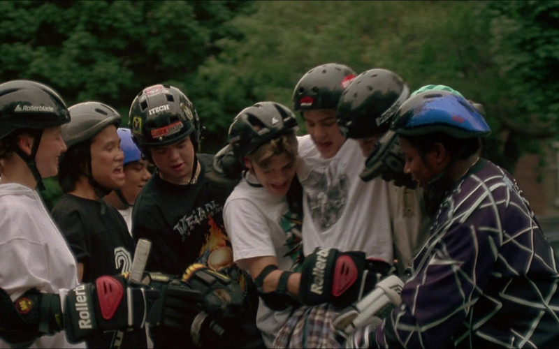 Rollerblade Gloves and Helmet, Itech Helmet in D3 The Mighty Ducks (1996)