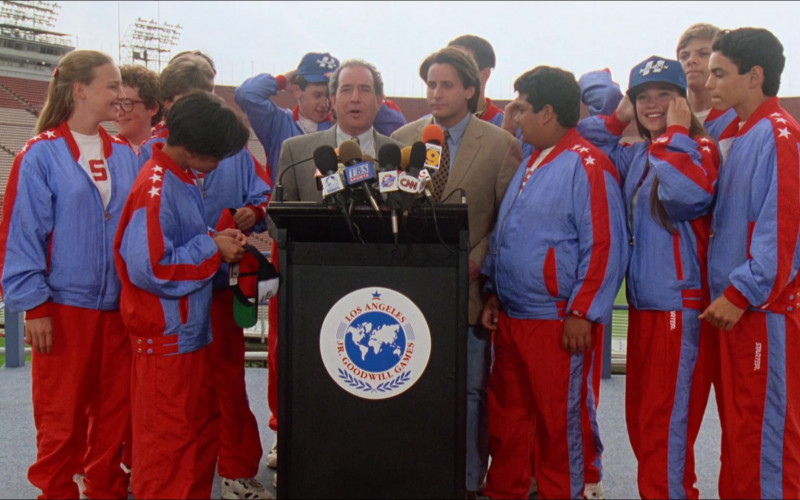 Starter Tracksuits in D2 The Mighty Ducks – 1994 Fashion Outfits (6)