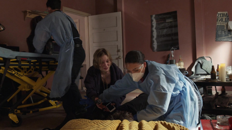 Stryker Power PRO XT Powered Ambulance Cot in Station 19 S04E09 (2)