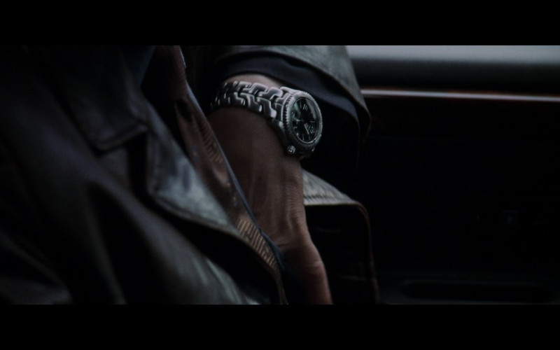 TAG Heuer Link Watch in Insomnia (2002)
