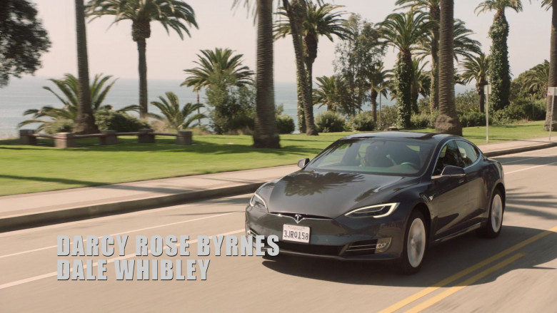 Tesla Model s75d Car of John Stamos as Marvyn Korn in Big Shot S01E03 TV Show 2021 (1)