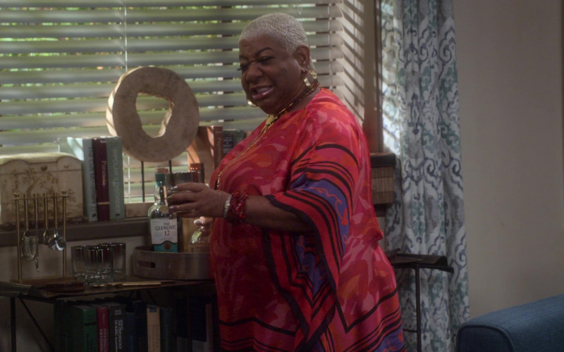 The Glenlivet 12 Year Old Whisky in Dad Stop Embarrassing Me! S01E01 #BlackPeopleDontGoToTherapy (2021)