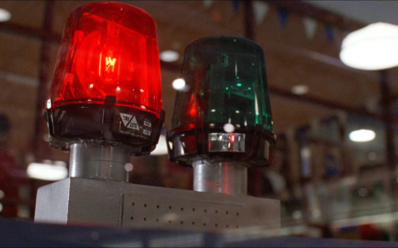 Tri Lite Rotating Beacon Lights in D2 The Mighty Ducks (1994)
