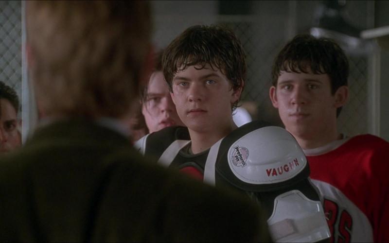 Vaughn Hockey Shoulder Pads in D3 The Mighty Ducks 1996 Movie (1)