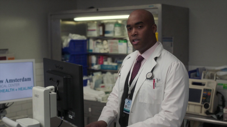 ViewSonic Monitor and Littmann Stethoscope in New Amsterdam S03E06 Why Not Yesterday (2021)