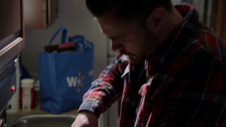 Walmart Plus Online Store Bag in Chicago P.D. S08E10 The Radical Truth (2021)