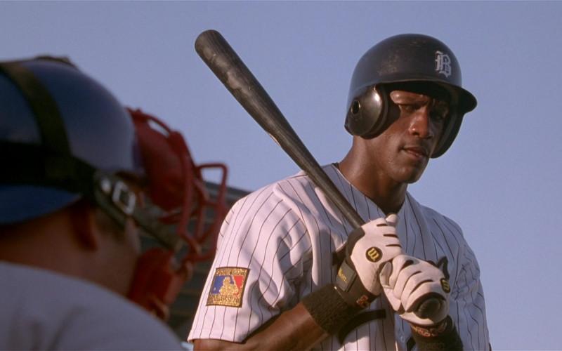 Wilson Baseball Gloves of Michael Jordan in Space Jam (2)