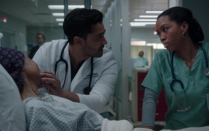 3M Littmann Stethoscopes in The Resident S04E12 Hope in the Unseen (2)