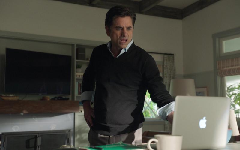 Apple MacBook Laptop in Big Shot S01E04 Great in the Living Room (2021)