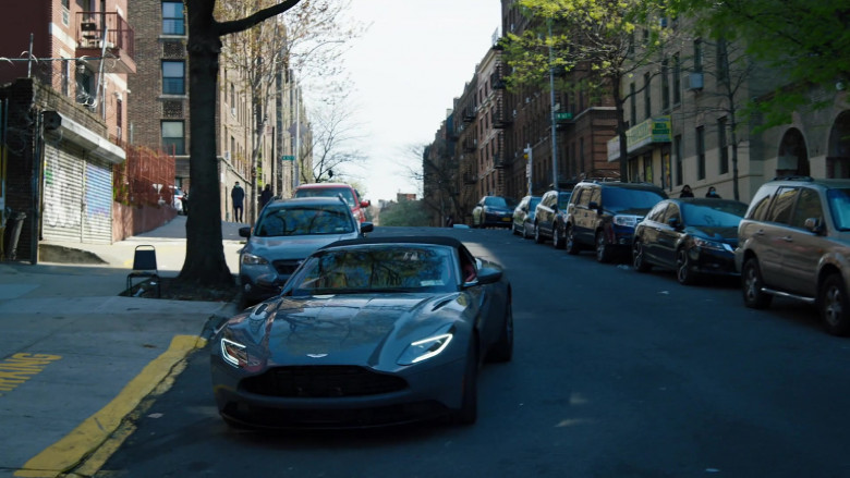Aston Martin Convertible Sports Car of Dylan McDermott as Richard Wheatley in Law & Order Organized Crime S01E05
