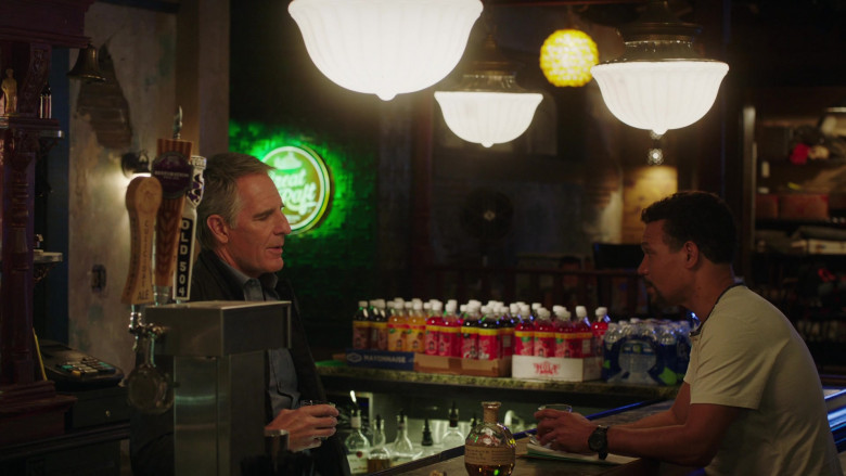 Blanton's Single Barrel Bourbon, Chafunkta Old 504 Beer and Culicidae Ale from Royal Brewery in NCIS New Orleans S07E13 Choices (2021)