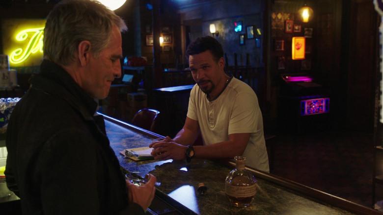 Blanton's Single Barrel Bourbon Whiskey Enjoyed by Scott Bakula in NCIS New Orleans TV Show (2)