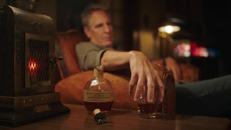 Blanton's Single Barrel Bourbon Whiskey Enjoyed by Scott Bakula in NCIS New Orleans TV Show (3)