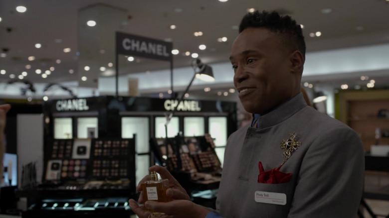 Chanel N5 Eau De Parfum in Pose S03E01 (1)