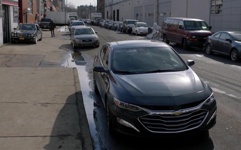 Chevrolet Malibu Car in Manifest S03E10 Compass Calibration (2021)
