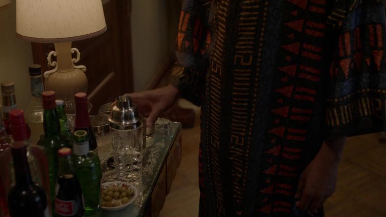 Coca-Cola Bottle in Pose S03E02 Intervention (2021)