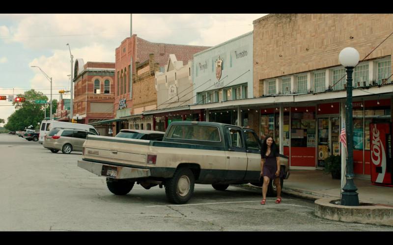 Coca-Cola Vending Machine in Panic S01E09 TV Show (1)