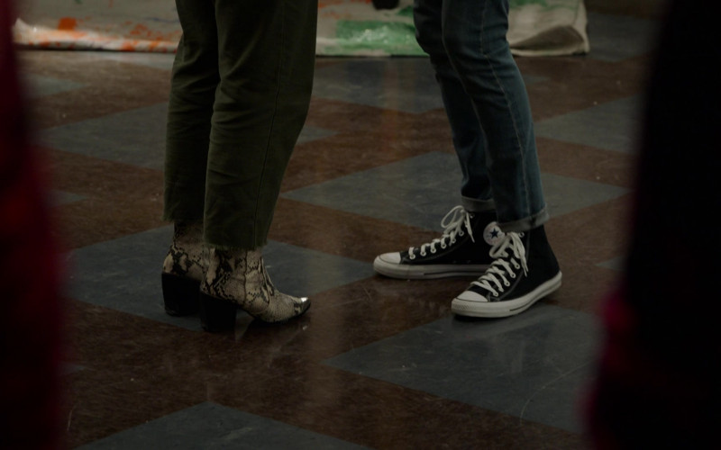 Converse Shoes in High School Musical The Musical The Series S02E03 (2)