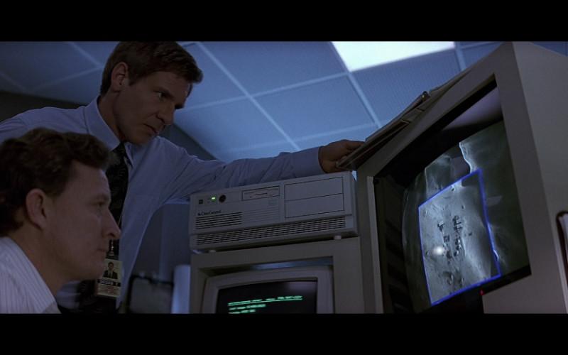 Data General 386 computer in Patriot Games (1992)
