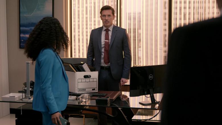 Dell Computer Monitors in Rebel S01E05 Black Not Blue (1)