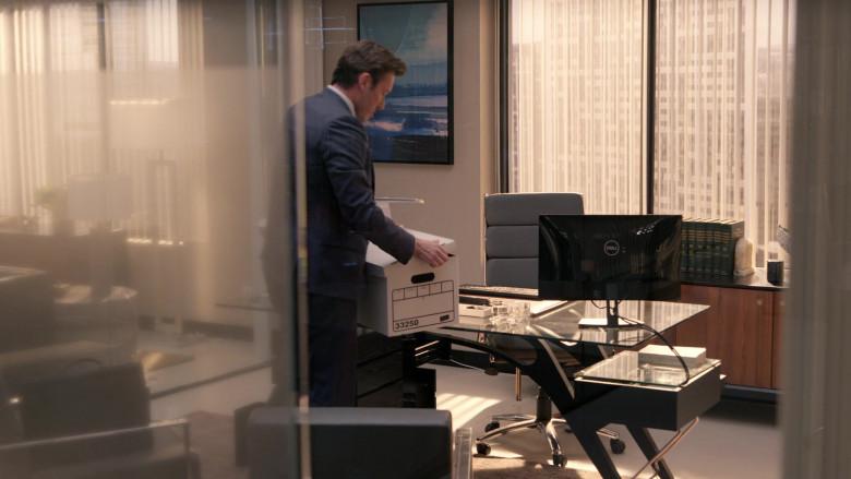 Dell Computer Monitors in Rebel S01E05 Black Not Blue (2)