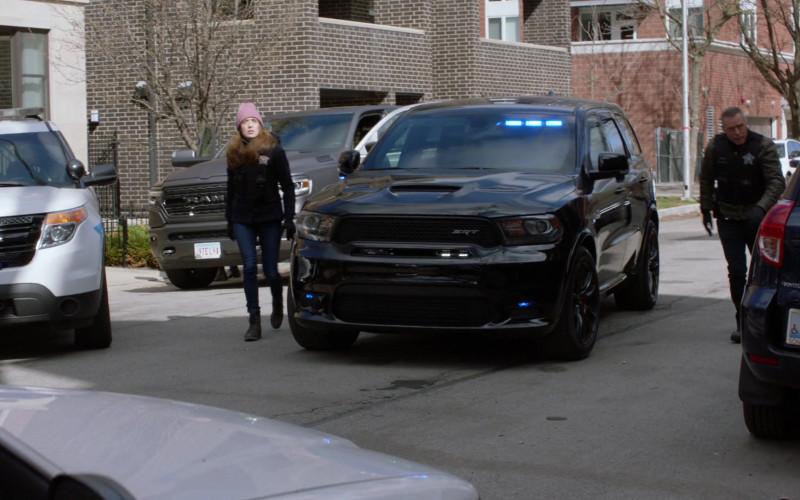 Dodge Durango SRT Car in Chicago P.D. S08E14 Safe (2021)