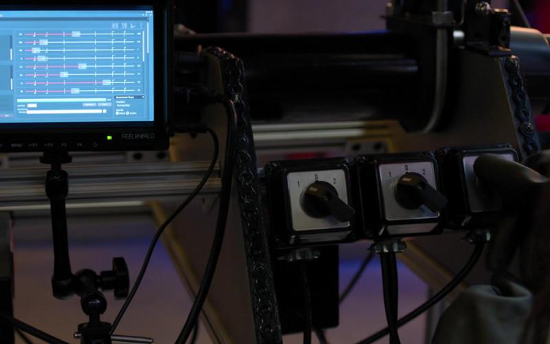 Feelworld Monitor in Manifest S03E10 Compass Calibration (2021)